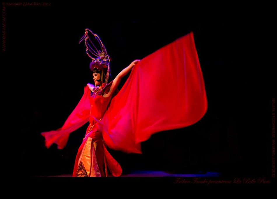 """Marianne Cheesecake performs """"The Dragon Lady"""" - a tribute to Anna May Wong."""
